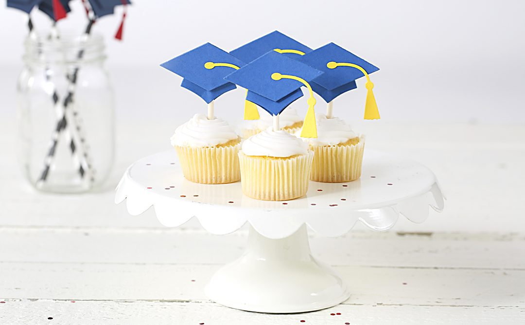 How to Make Personalized Graduation Crafts